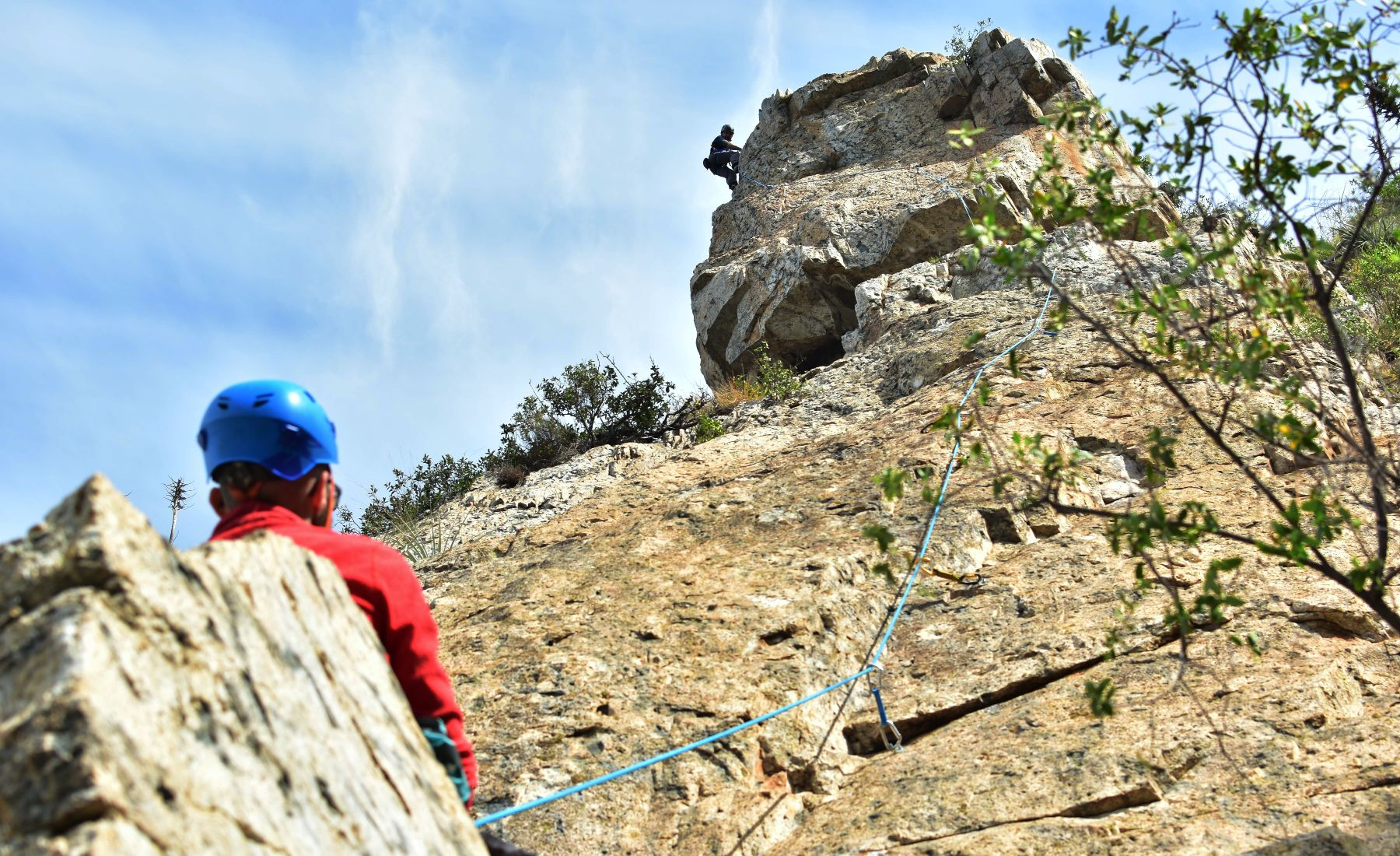 Climbing with belayer